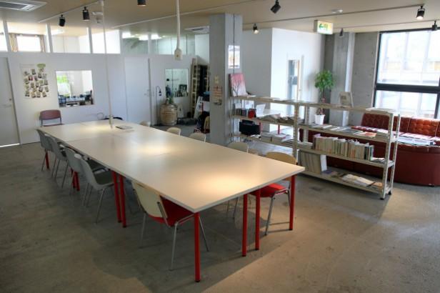 mikage-desk