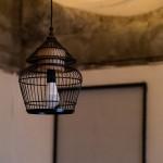 鳥かごのようなランプシェード